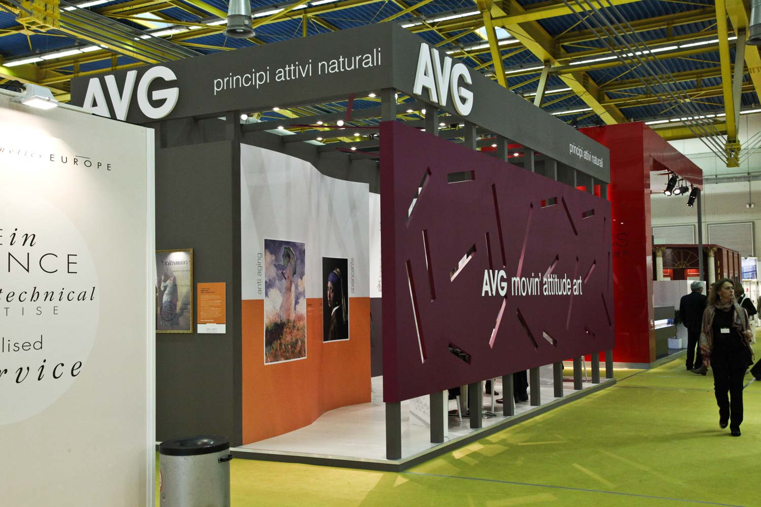 in-store-avg-stand