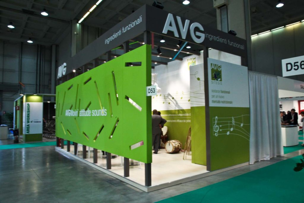 in-store-avg-stand-milano